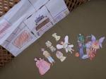 a paper dolls